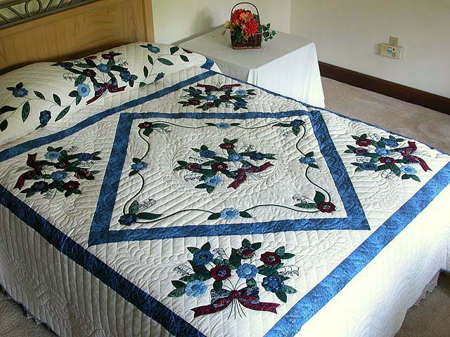 Blue and Burgundy Rose of Sharon Quilt Photo 1