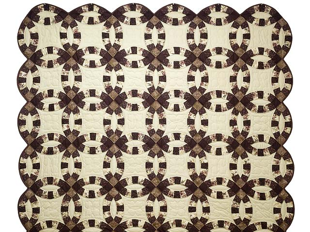 Brown and Tan Double Wedding Ring Quilt Photo 2