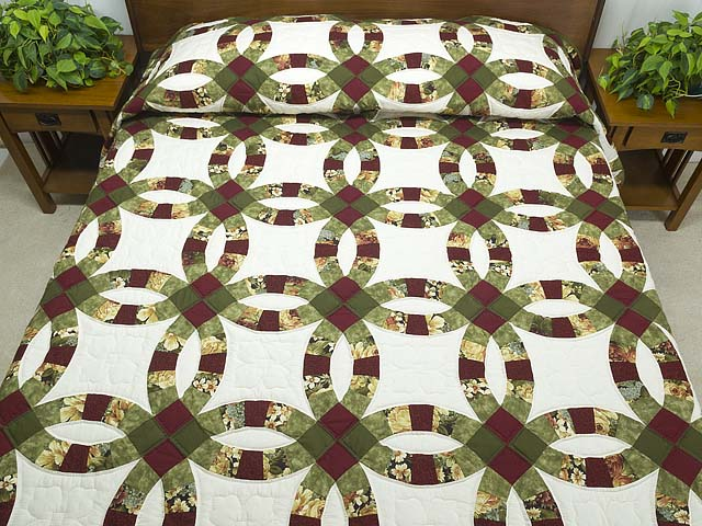 Moss Green Burgundy and Cream Double Wedding Ring Quilt Photo 1