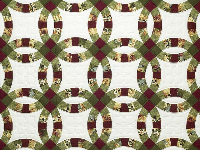 Moss Green Burgundy and Cream Double Wedding Ring Quilt Photo 3