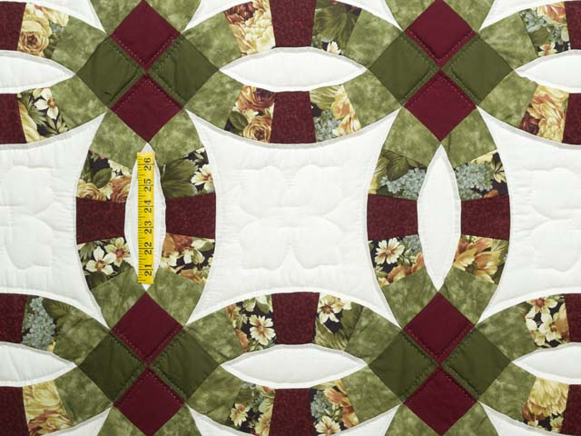 Moss Green Burgundy and Cream Double Wedding Ring Quilt Photo 4