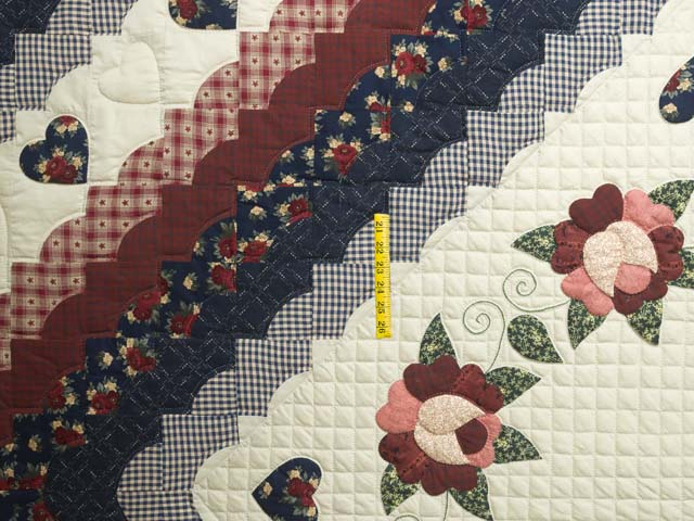 Navy and Burgundy Hearts All-Around Quilt Photo 4
