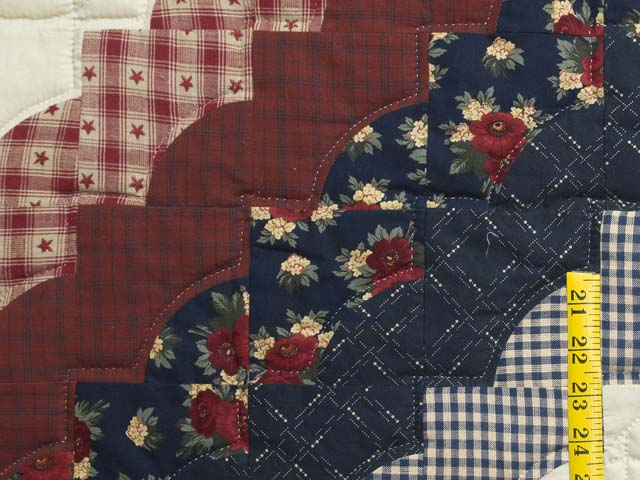 Navy and Burgundy Hearts All-Around Quilt Photo 6