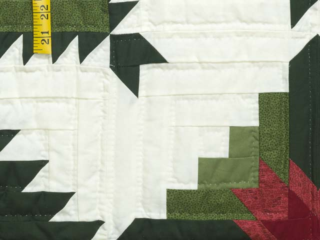 King Green and Red Eureka Quilt Photo 5