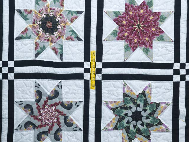 Black and Multicolor Stack and Whack Stars Quilt Photo 4