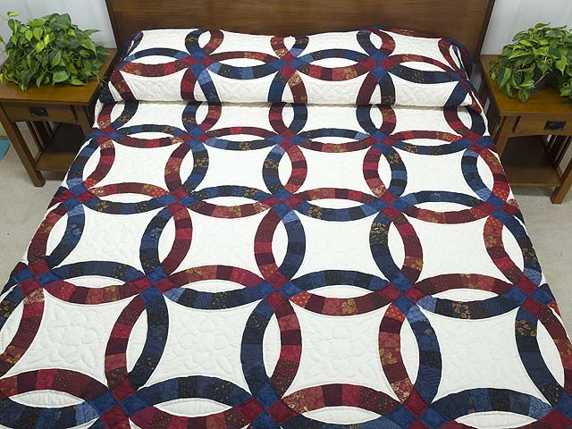 King Navy and Red Double Wedding Ring Quilt Photo 1