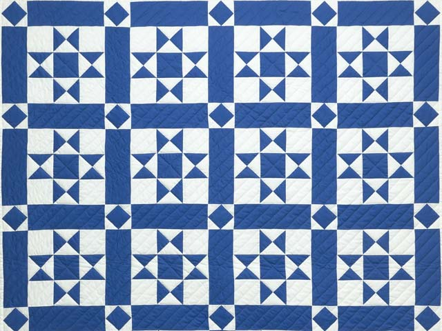 Blue and Cream Framed Ohio Star Quilting Bee Quilt Photo 3