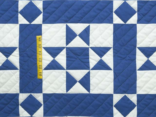 Blue and Cream Framed Ohio Star Quilting Bee Quilt Photo 4