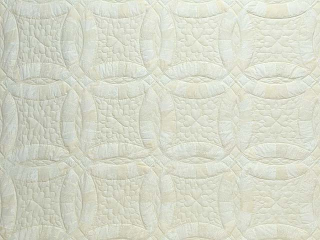 King All Neutrals Double Wedding Ring Quilt Photo 3