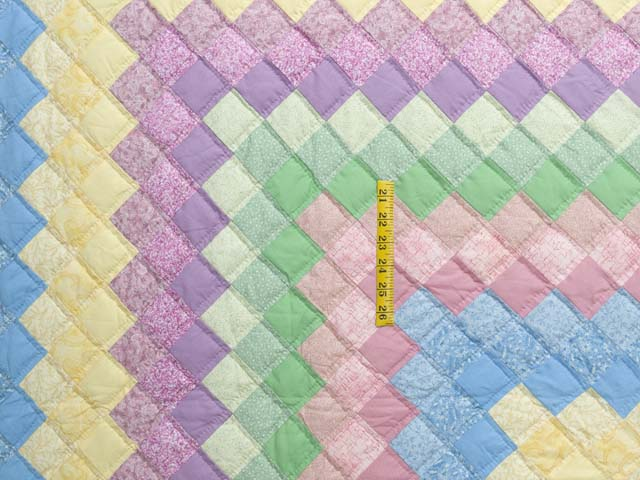 Pastel Multicolor Trip Around the World Quilt Photo 4