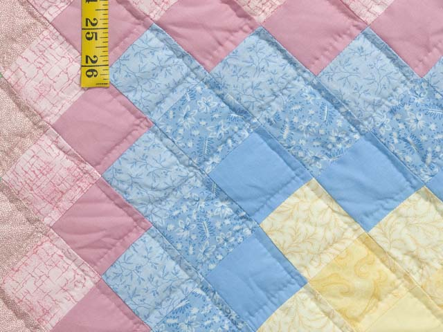 Pastel Multicolor Trip Around the World Quilt Photo 6