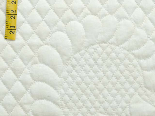 King Blue and Cream Heart of Roses Quilt Photo 6