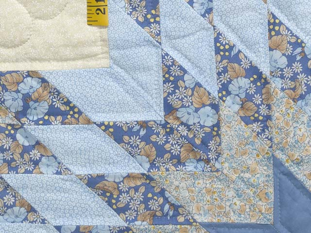 Soft Blues Golden Tan  and Cream Lone Star Log Cabin Quilt Photo 5