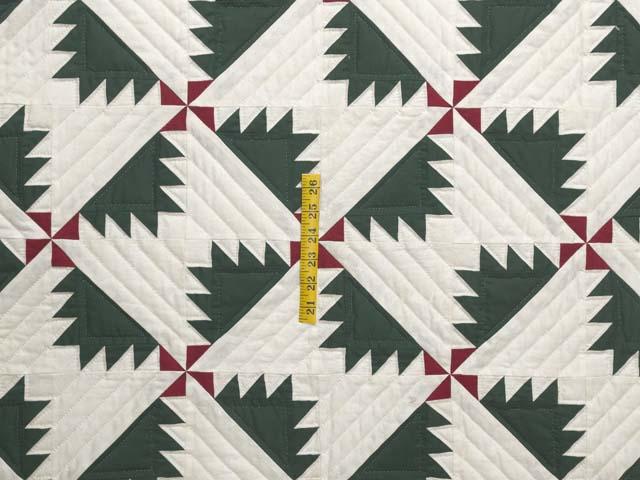 Green Red and Cream Sisterhood Quilt Photo 4