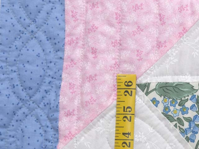 Twin Blue Pink and Green Dahlia Quilt Photo 6