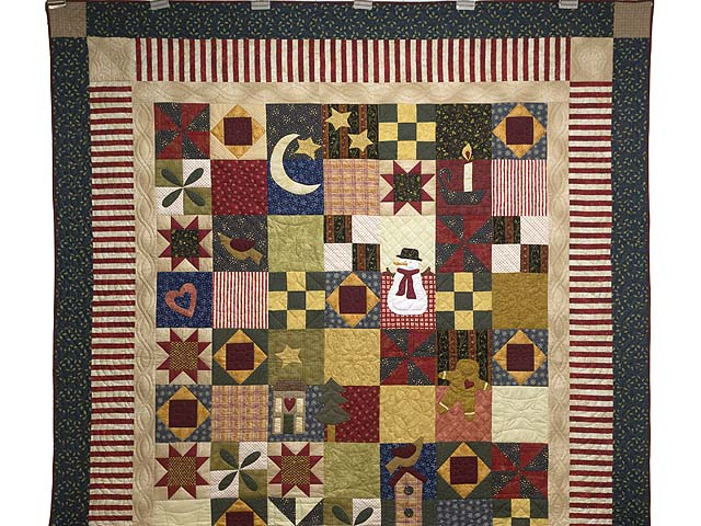 Christmas Sampler Quilt Photo 2