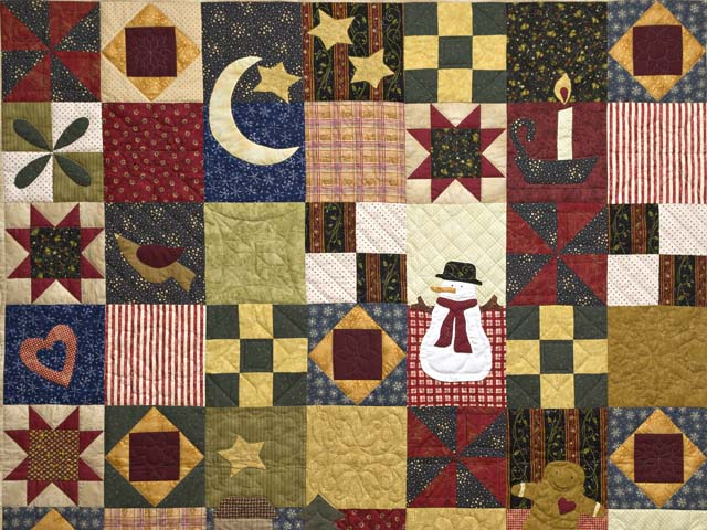Christmas Sampler Quilt Photo 3