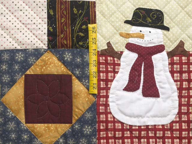 Christmas Sampler Quilt Photo 6