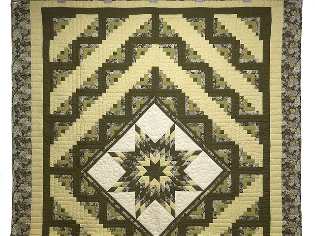 Moss Green and Golden Yellow Lone Star Log Cabin Quilt Photo 2