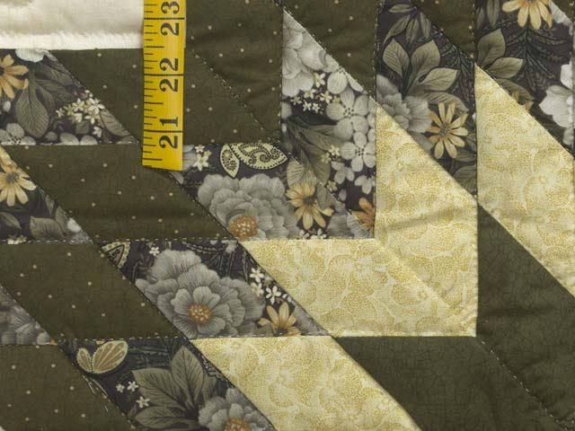 Moss Green and Golden Yellow Lone Star Log Cabin Quilt Photo 6