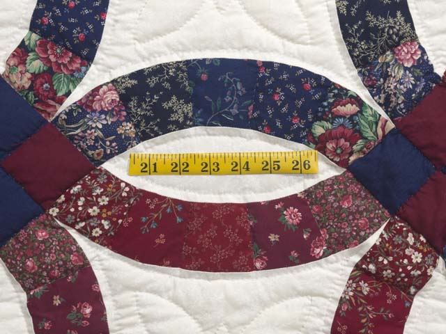 Cranberry and Navy Blue Double Wedding Ring Quilt Photo 5