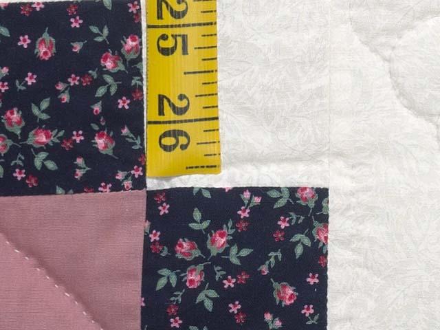 Twin Rose Black and Cream Irish Chain Quilt Photo 6