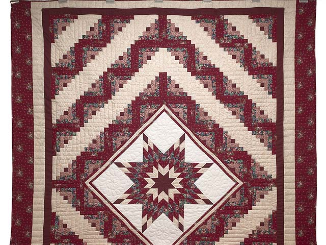 Red and Cream Lone Star Log Cabin Quilt Photo 2