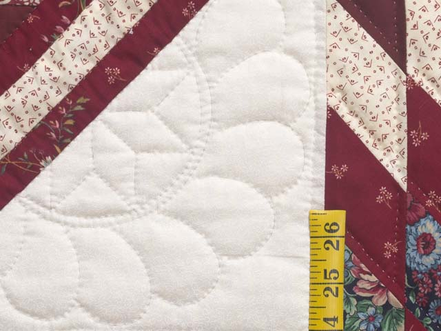 Red and Cream Lone Star Log Cabin Quilt Photo 6