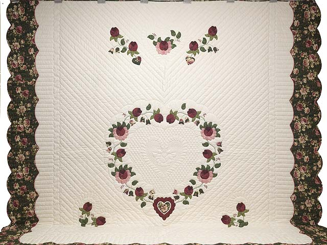 King Dark Green and Rose Heart of Roses Quilt Photo 2
