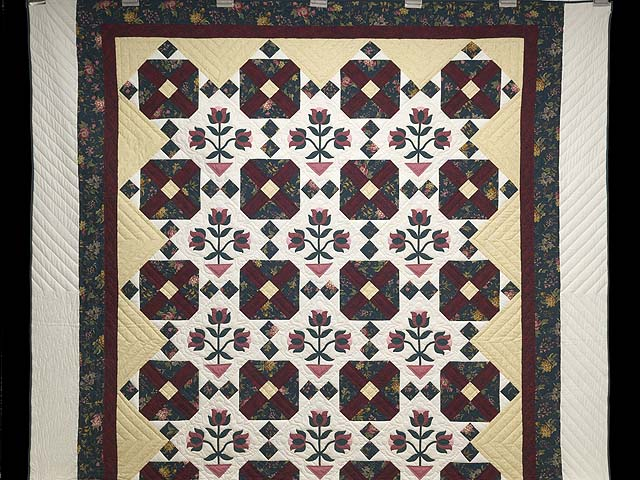 Dark Green Burgundy and Tan Tulip Medley Quilt Photo 2