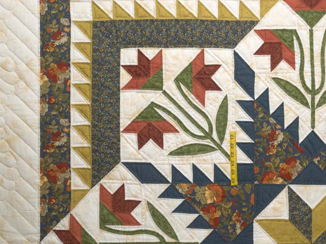 King Green Navy and Golden Tan Blooming Star Quilt Photo 4