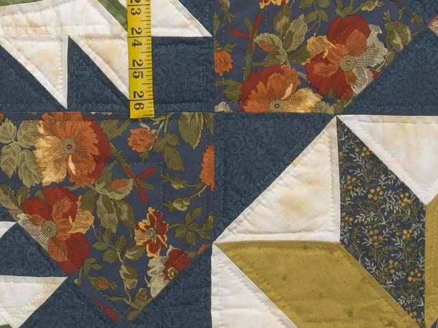 King Green Navy and Golden Tan Blooming Star Quilt Photo 6