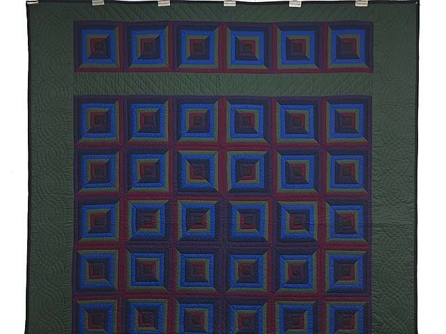 Amish Log Cabin Quilt Photo 2