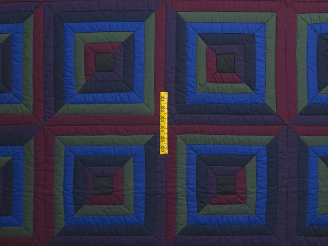 Amish Log Cabin Quilt Photo 4