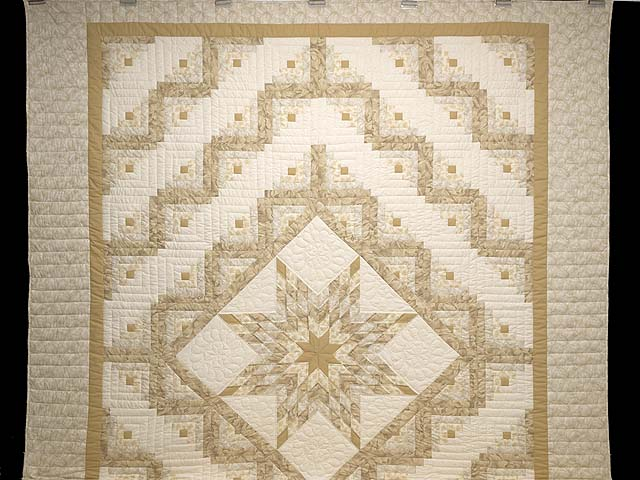 Beige Lone Star Log Cabin Quilt Photo 2