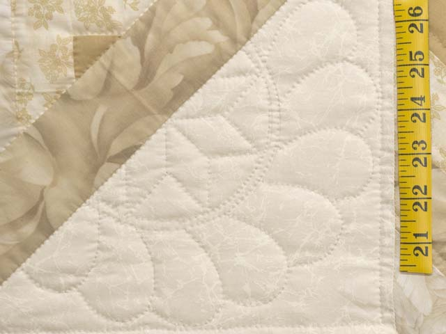 Beige Lone Star Log Cabin Quilt Photo 5
