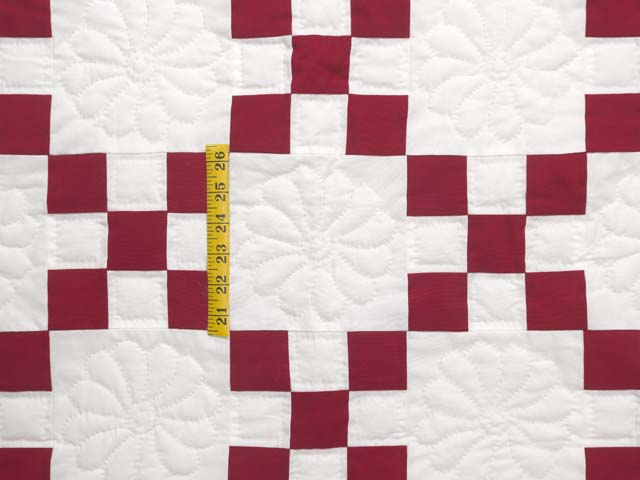 Red and White Nine Patch Quilt Photo 4