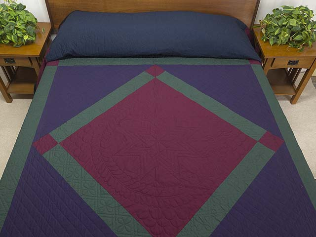 Amish Center Diamond Quilt Photo 1