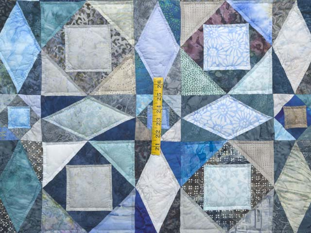 King Watery  Blue Storm at Sea Quilt Photo 4