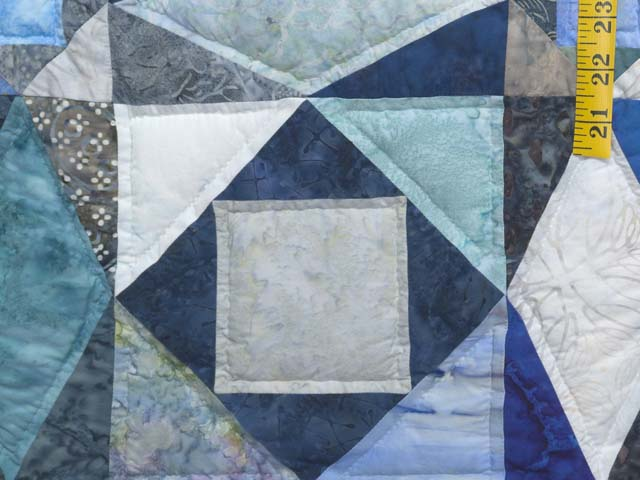 King Watery  Blue Storm at Sea Quilt Photo 6