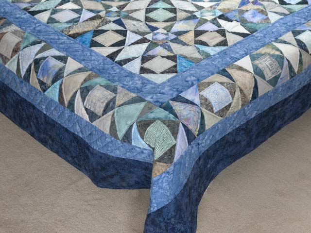 King Watery  Blue Storm at Sea Quilt Photo 7