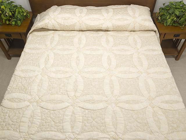 All-Neutrals Double Wedding Ring Quilt Photo 1