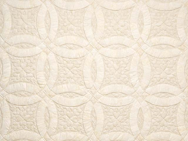 All-Neutrals Double Wedding Ring Quilt Photo 3