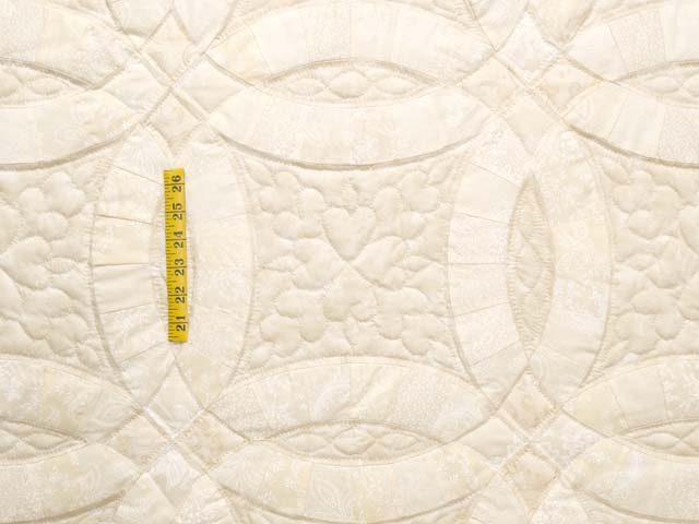All-Neutrals Double Wedding Ring Quilt Photo 4