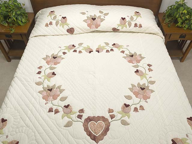 King Dusty Rose Green and Cream Heart of Roses Quilt Photo 1