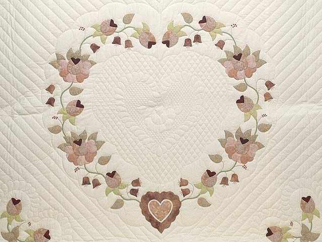King Dusty Rose Green and Cream Heart of Roses Quilt Photo 3