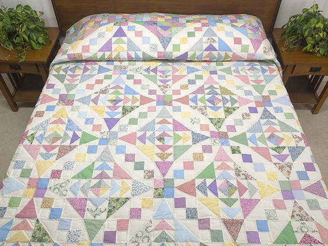Pastel Faceted Jewel Quilt Photo 1