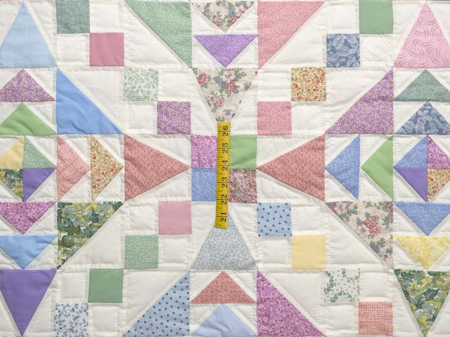 Pastel Faceted Jewel Quilt Photo 4