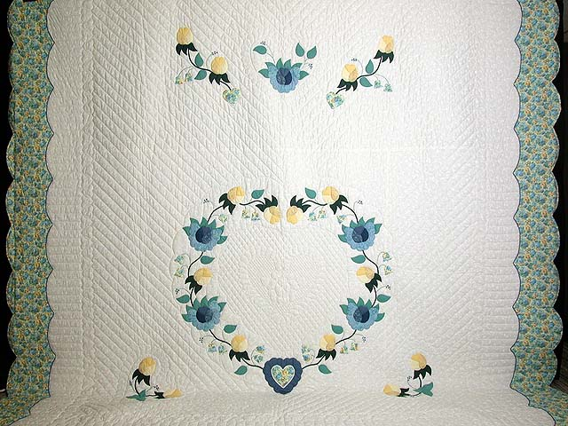 King Blue and Yellow Heart of Roses Quilt Photo 2