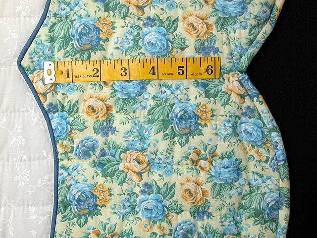 King Blue and Yellow Heart of Roses Quilt Photo 7